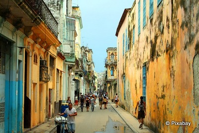 Must see Places in Havana Vieja Taking to the Open Road Peggy Tee © Pixabay