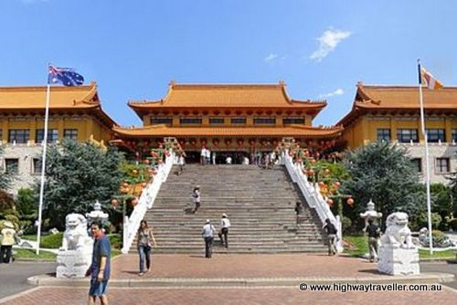 day trips from sydney wollongong nan tien temple taking to the open road peggy tee highwaytraveller