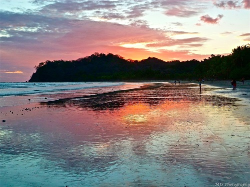 7-days-in-costa-rica-samara-beach-sunset-takingtotheopenroad-peggytee-flickr