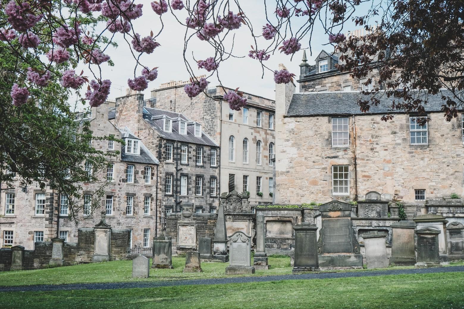 ハリーポッターが生まれたカフェに行こうとしたら墓地をさまようことに… 〜 Greyfriars Kirkyard
