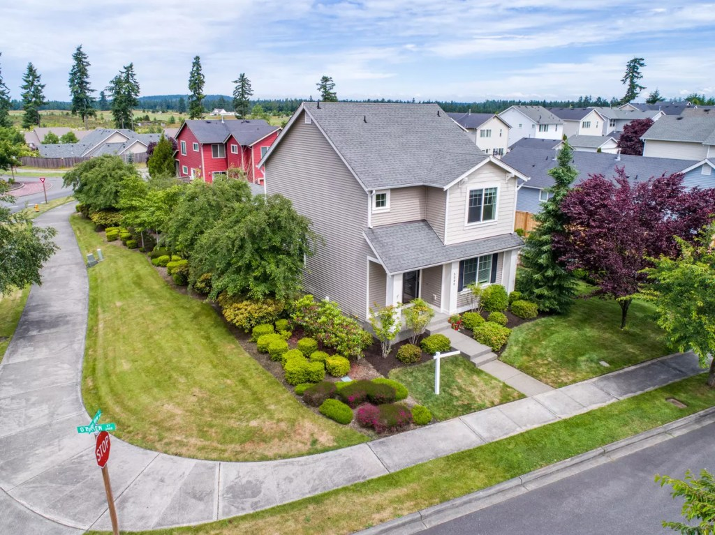 Taku Homes | Pierce County real estate photographer