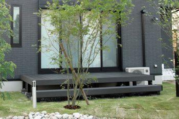 樹脂デッキ(ひとと木2) 施工例 近江八幡市