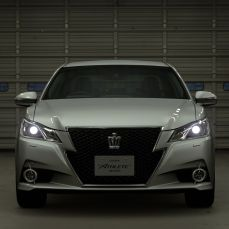 Gran-Turismo-Sport-Toyota-Crown-Athlete-G-13-005