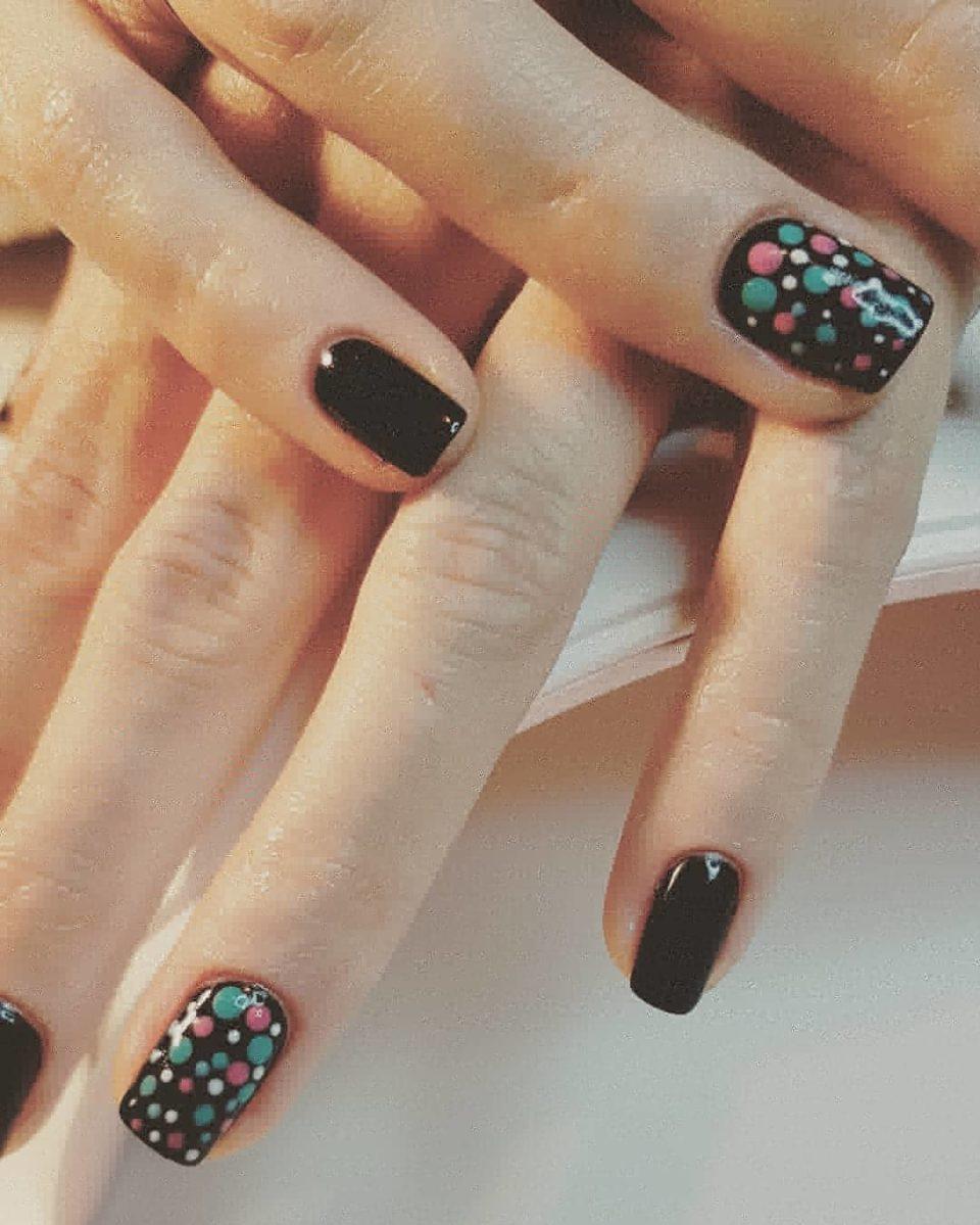 Nails Oct