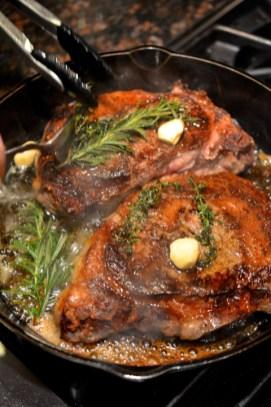 garlic thyme steak