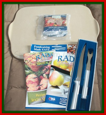 All I Want For Christmas is Rada Cutlery: Stoneware Cookie Sheet, Carving Gift Set & Cheeseball Mix! Ends 11/28