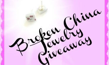 BregjesDesign Broken China Jewelry Giveaway