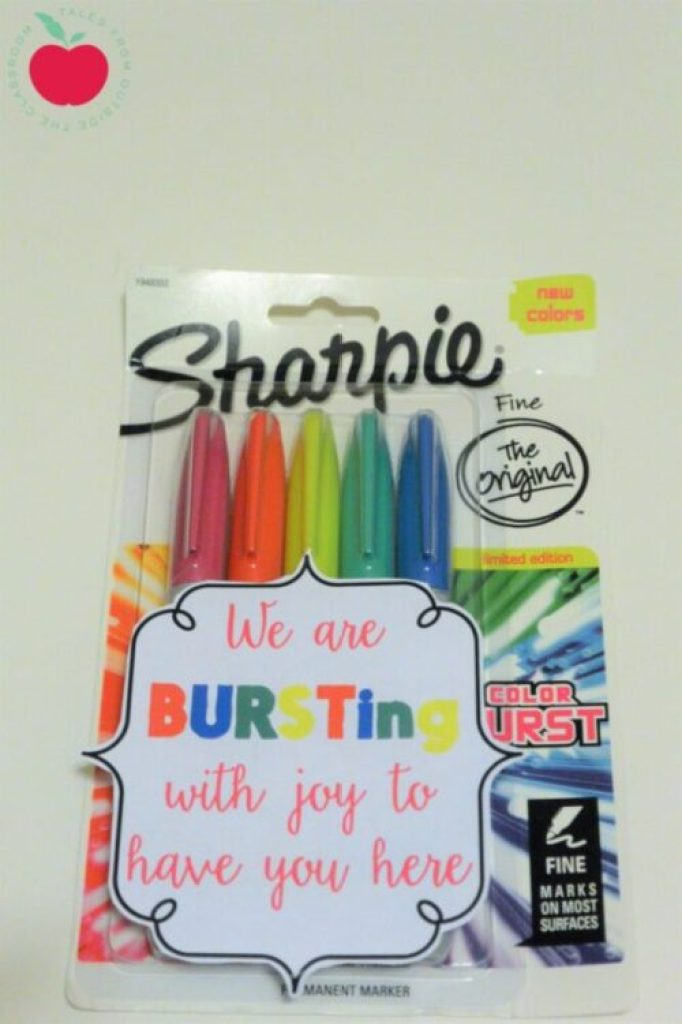 Sharpie Burst gift tag for welcoming new staff members