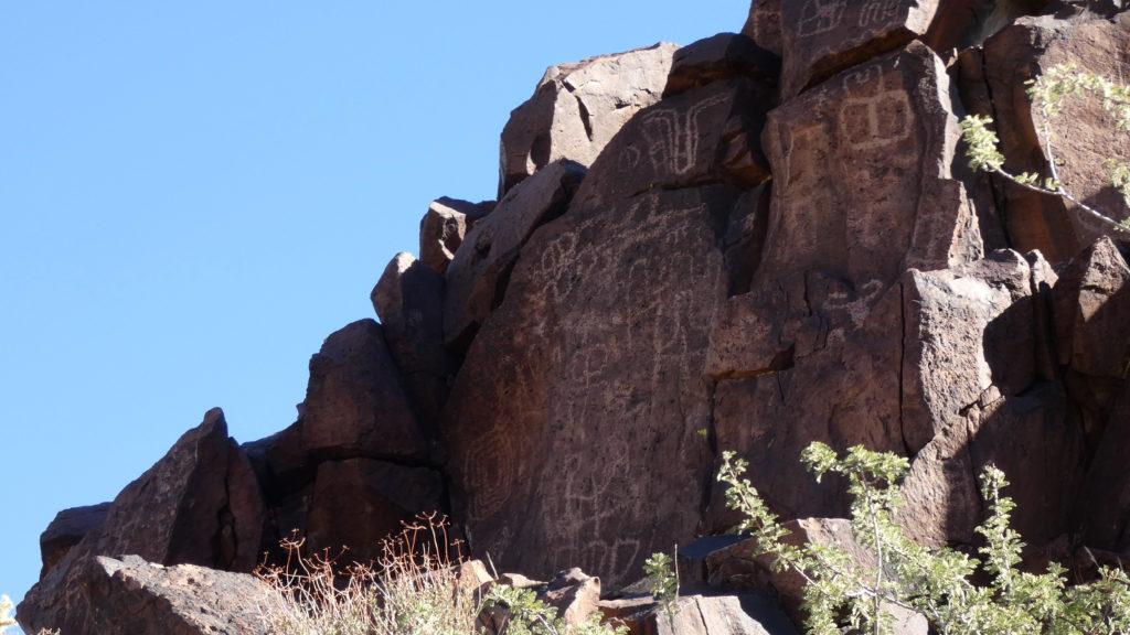 Woods Wash, California, Mojave Desert, Mojave National Preserve, Petroglyphs, Pictographs, Rock Art