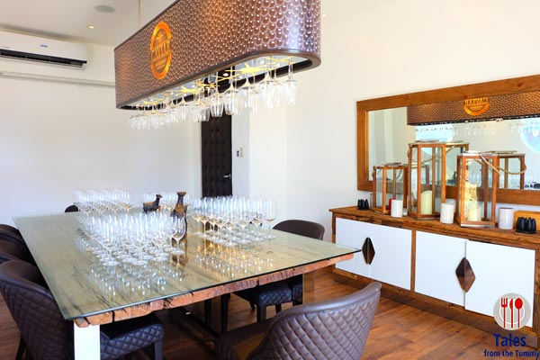 Caviar Restaurant and Champagne Private Room