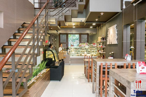k and l cafe katipunan ground floor seating and desserts