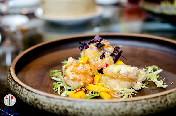 china-blue-conrad-manila-crispy-fried-shrimp-with-wasabi-and-mango-salsa