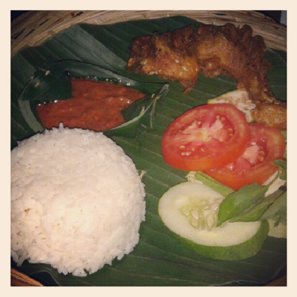 Lalapan Bali food you should try