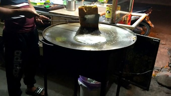 leaking oil from the martabak