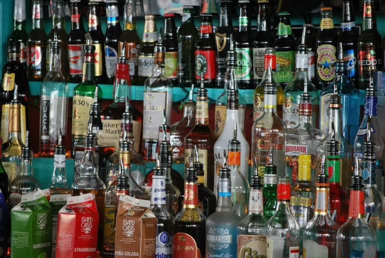Travel tips to bali about liquor. Only 1 Liter liquor in luggage to go to Indonesia