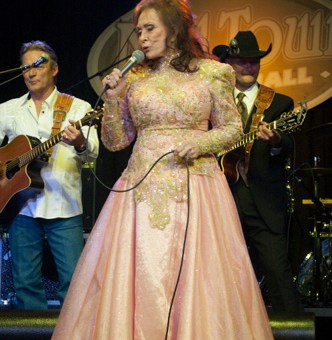 Picture Book: Loretta Lynn at Milltown Music Hall 4/25/14