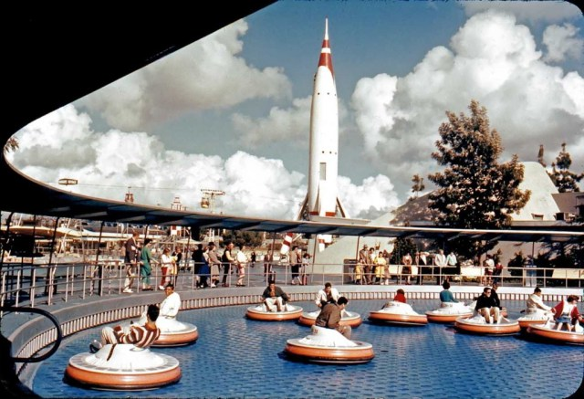 Disneyland flying saucers