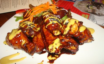 Sticky Wings - Kona Cafe, Polynesian Resort