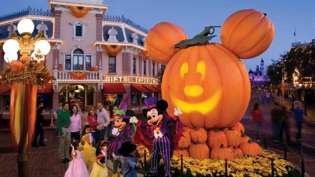 mnsshp mickey not so scary halloween party