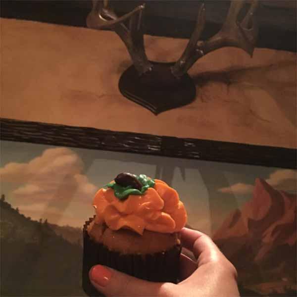 Pumpkin-Spiced-Cupcake