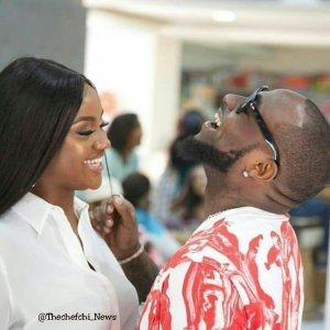 Chioma about to give birth as Davido reveals he is in delivery room