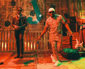 LadiPoe Champagne already video
