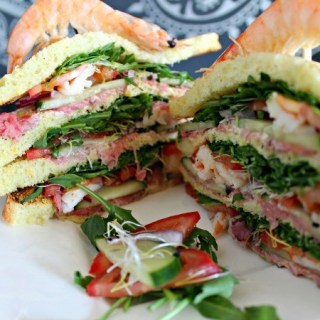 Spicy Surf & Turf clubsandwich