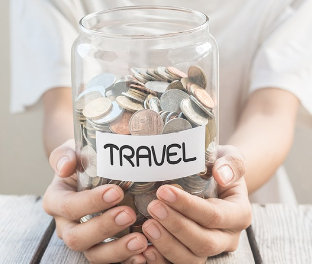 20 Tips To Save Money For Traveling