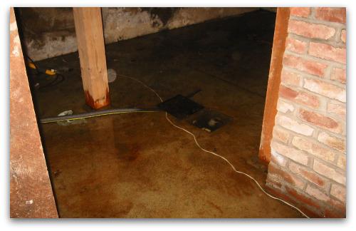 2010_01_16_blog2_flooded_basement 006