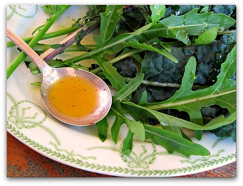 kale and arugula with delicious vinaigrette