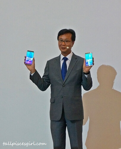 President of Samsung Malaysia Electronics, Mr. Lee Sang Hoon proudly introduces Samsung Galaxy Note 5 & Samsung Galaxy S6 Edge+