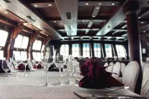 Royal Albatross Grand Salon Dining layout