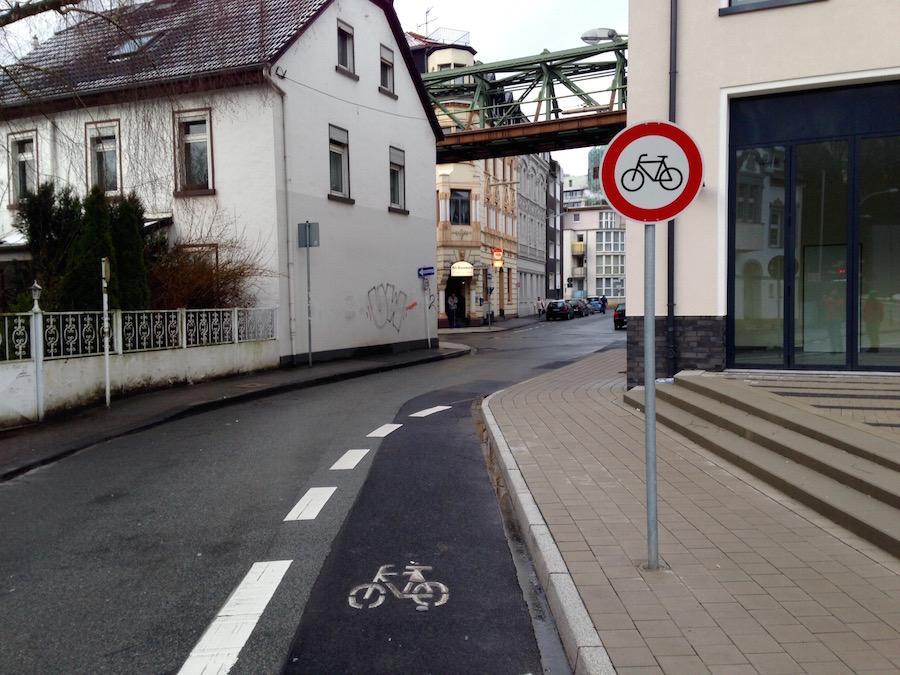 Vor Ort am Rutenbecker Weg