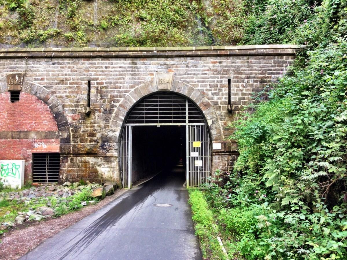 NBT: Frühjahrssperre im Tunnel Schee