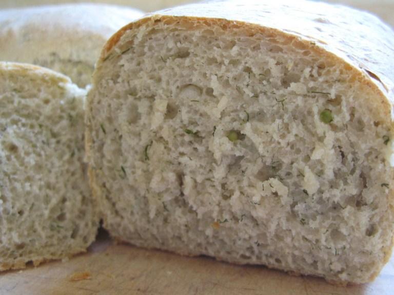 לחם זרעי כוסברה ושמיר