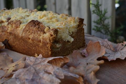 6 סיבות טובות לאפות את עוגת התפוחים הסתיוית הזאת