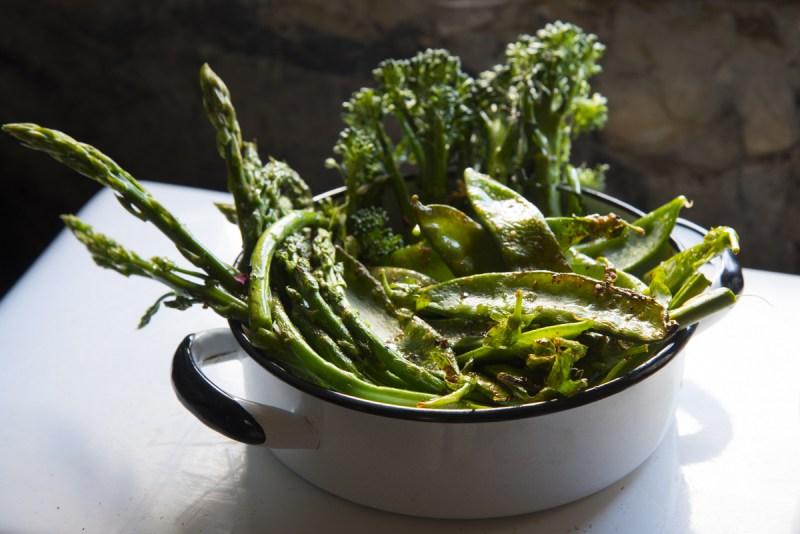 ירקות על גריל פחמים