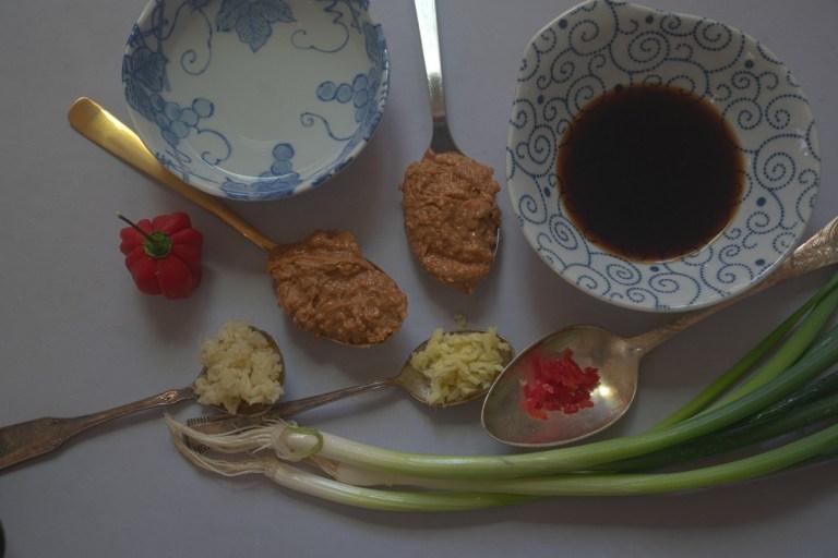 רוטב חמאת בוטנים