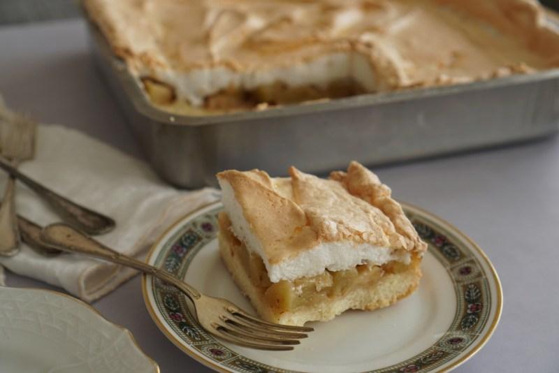 עוגת תפוחים עם קצף