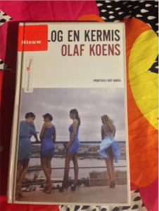 Ik las Oorlog en Kermis van Olaf Koens