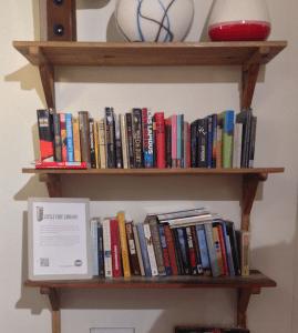 Tiny little library waar groningen