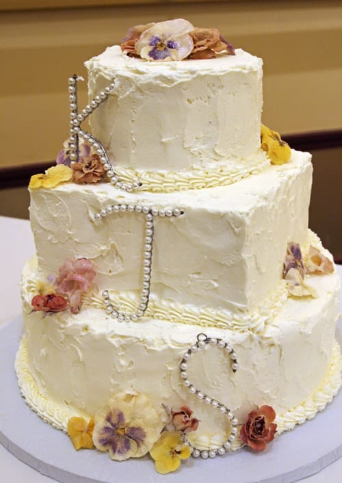 the cake by itself must-have wedding photo