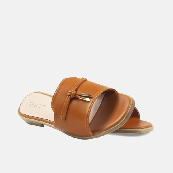 women sandal brown