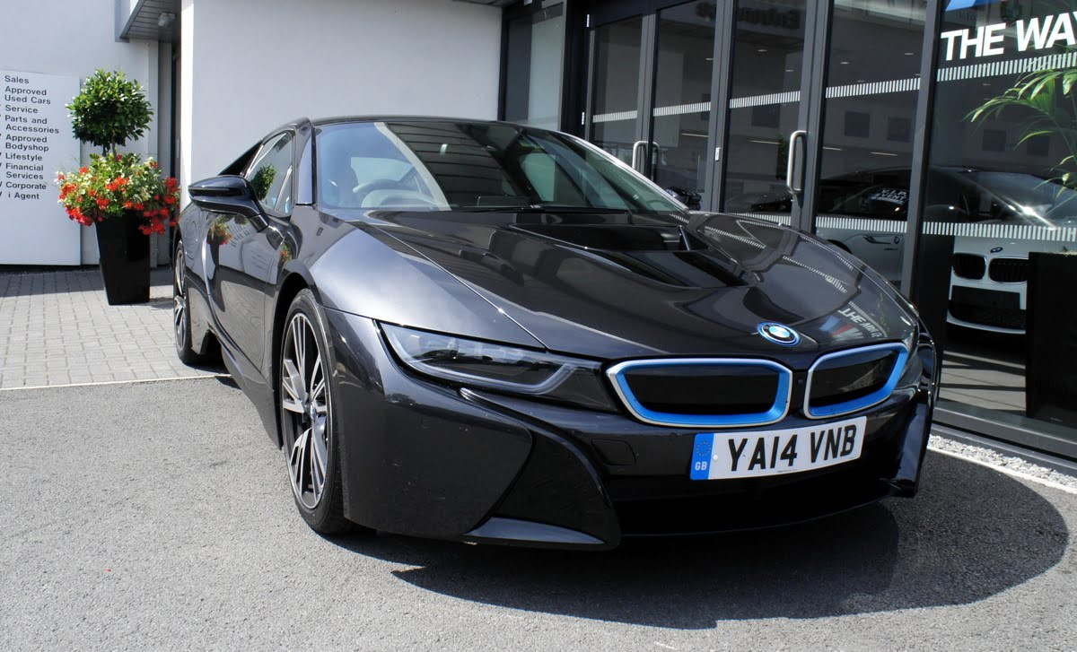 BMW i8 Review 02