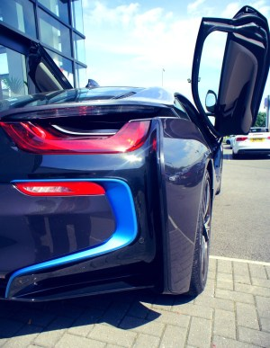 BMW i8 Review 8