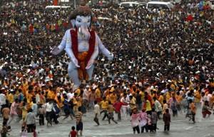 ganehs-visarjan-mumbai