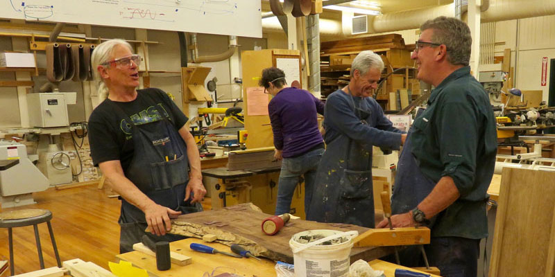 Tam-Makers-Woodworking-Workshop-Geo-Sings-800x400px