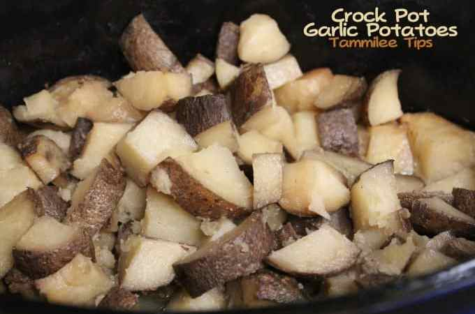 Crock Pot Garlic Potatoes