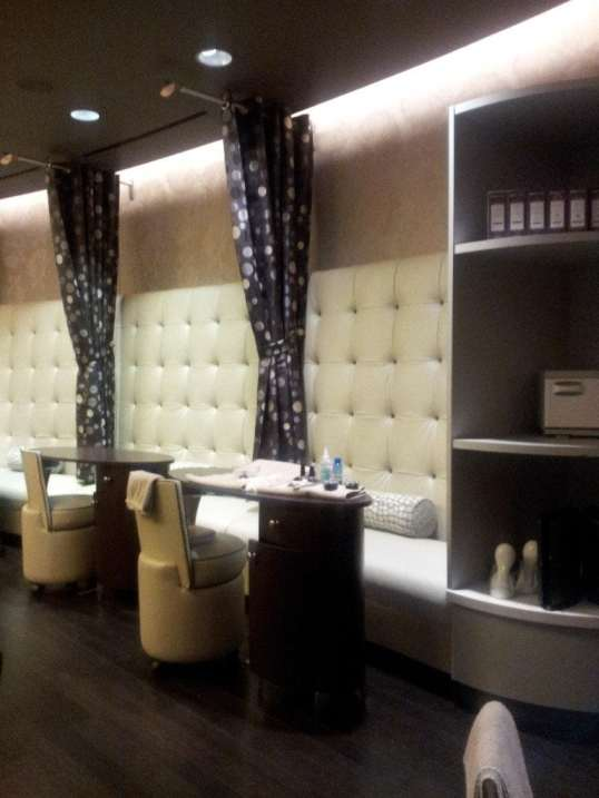 Northern Quest Spa Manicure Stations