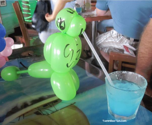 Cozumel-Margaritaville-Balloon-Parrot.png